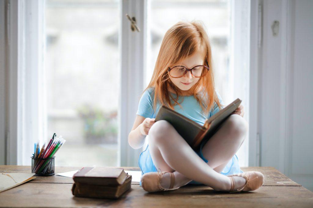 Salud visual a toda edad: correcciones ópticas y elección de anteojos