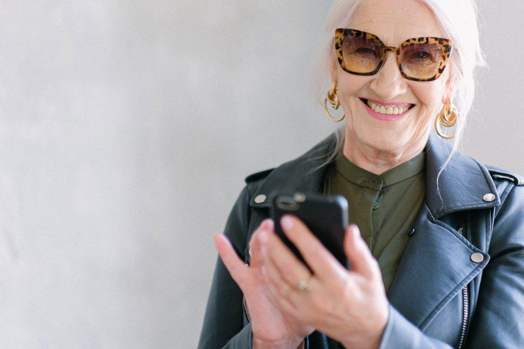 El uso de anteojos en personas mayores