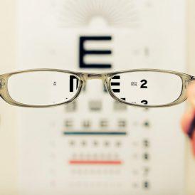Anteojos y lentes de contacto
